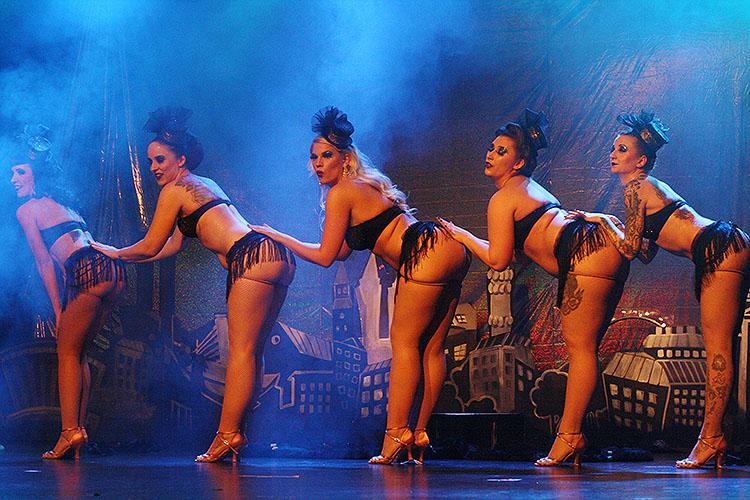 Knicker Kitten Burlesque Revue